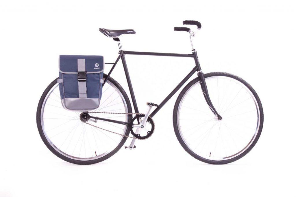 Finlandia-Azul-bici-lateral